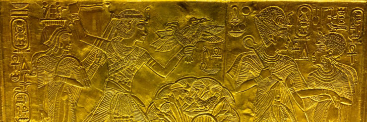 Tutankhamen and his wife, Queen Ankhesenamun.
