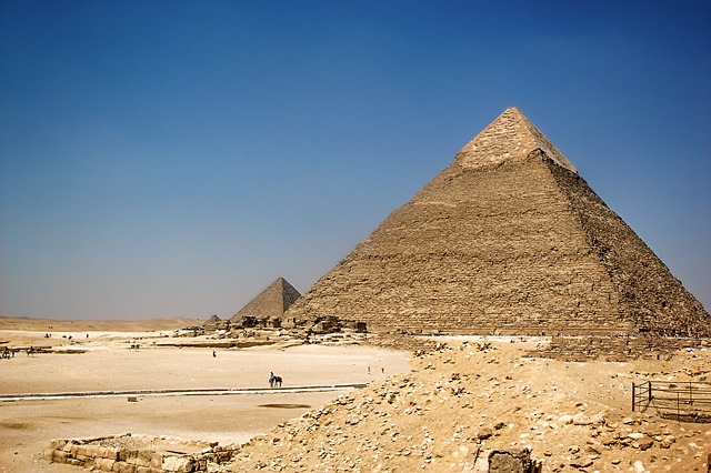 Pyramid of khafre.