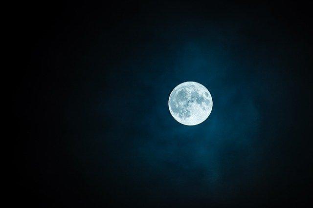 Cosmic symbol of the ocean / The Moon.