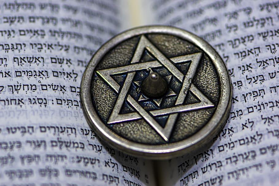 Star of David / Prominent symbol of the Jewish faith.